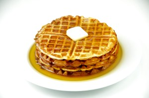 Waffles_with_maple_syrup_and_butter